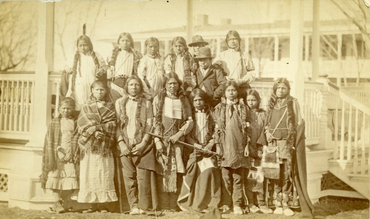 Arapaho and Shoshone Children arrive off Train.jpg